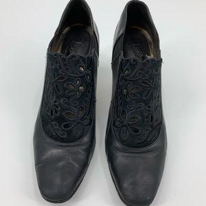 Brighton Rand booties pumps heel black leather 8.5